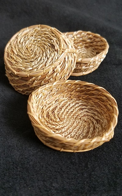 Small Cherokee Long Pine needle Basket
